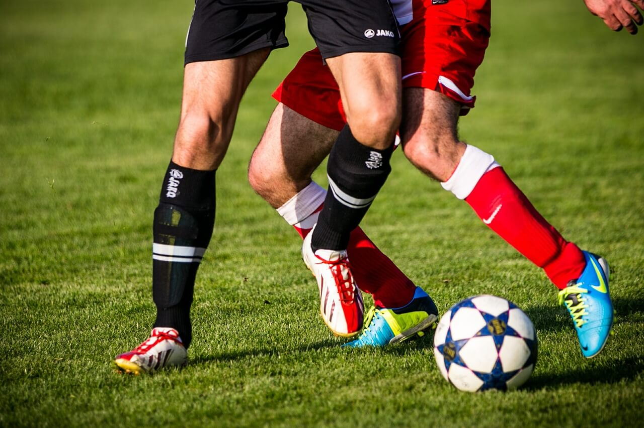 soccer players can participate in team training